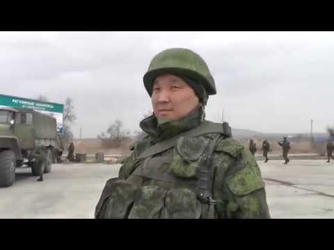 зелёные человечки Путина. Крым = Русские солдаты в Керчи дали интервью