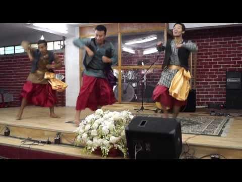 Punjabi Free Style Christian Dance .