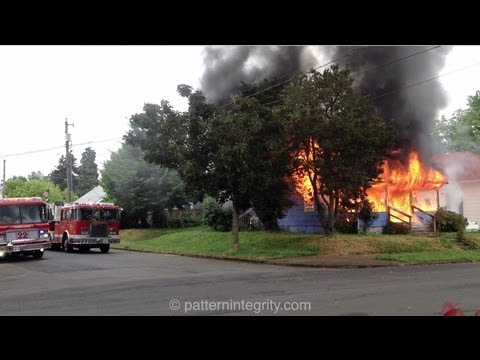 Pre Arrival Fully Involved House Fire North Portland Oswego...