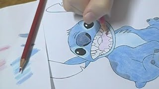 Desenhando/Drawing - Stitch
