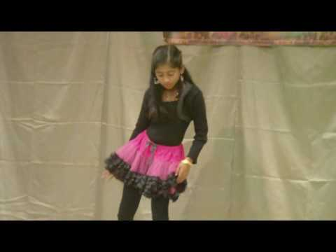 Daddy Mummy Dance By Anjana Reji video