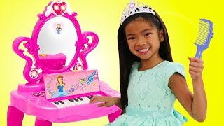 Emma Pretend Play with Makeup Vanity Piano Play Table Toy w/ Disney Rapunzel and Elsa