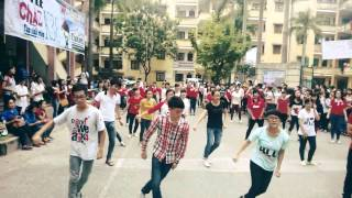 Flash mob chào K38 HLU