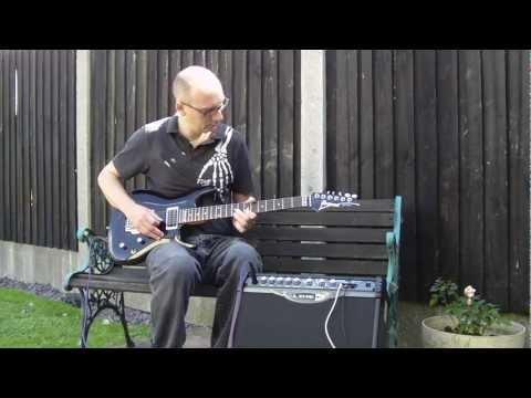 Joe Satriani - Loading The Weapon