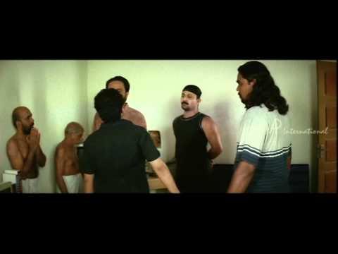 Malayalam Movie | 4 The People Malayalam Movie | Team Attacks The Thug video
