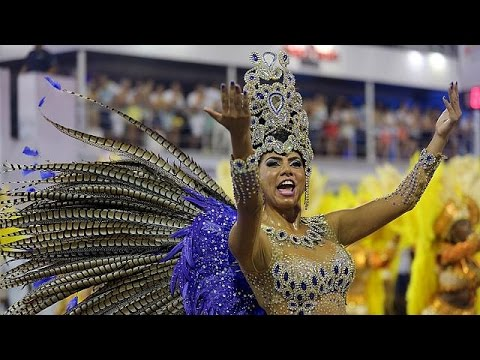 Brazil carnival opens, amid growing Zika fears
