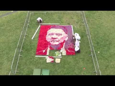 Tulip tribute welcomes Louis Van Gaal to Manchester United