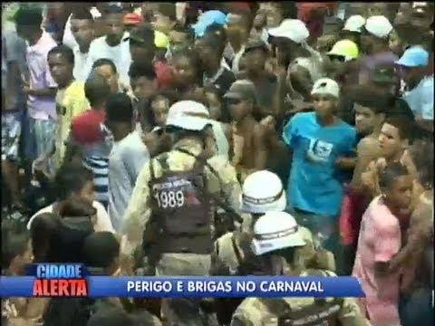Flagrante: imagens mostram brigas e agressões durante Carnaval de Salvador (BA)