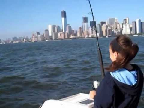 NYC Hudson River Fishing -Fathers Day Fishing with my Daughters & Catching Fish 2012.MOV