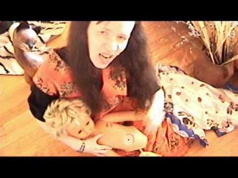 Dolly Rambo - Pisi-Kaka Woodoo-Baba