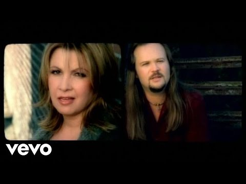 Travis Tritt, Patty Loveless - Out Of Control Raging Fire