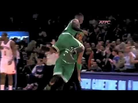 Dramatic Celebration FAIL; Paul Pierce and Nate Robinson dramatic finish at MSG
