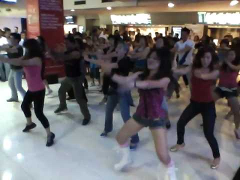 Jai Ho Flash Mob Malaysia- Choreographed By Candisoo  Gsc 1 Utama video