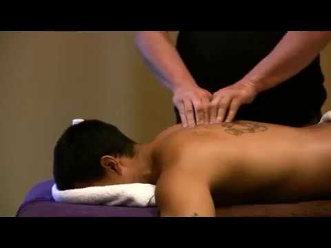 Back massage Brandon Raynor teaching a Massage Course in Melbourne Deep tissue Raynor massage