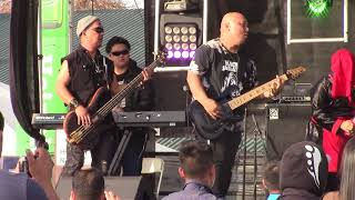 Fresno Hmong New Year 2018-Deeg Daws Band Plays for Fans