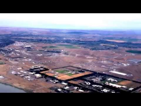 Takeoff At Seattle-tacoma International Airport landing At Pasco Wa, In A Dash 8-q400 video