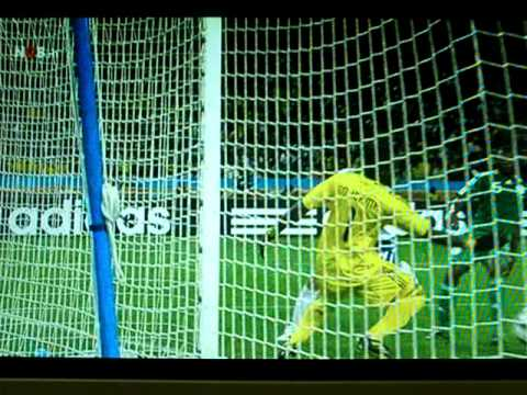 Lee Jung Soo scores 1-1 Nigeria South Korea 2010