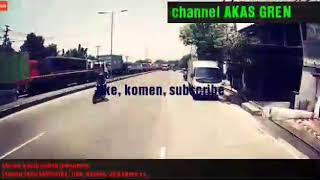 BUS PATAS NGEBLONG! BUKA JALUR SAAT MACET DI SEMARANG-SOLO menit 28