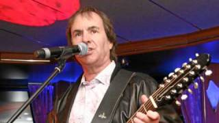 Watch Chris De Burgh Perfect Day video