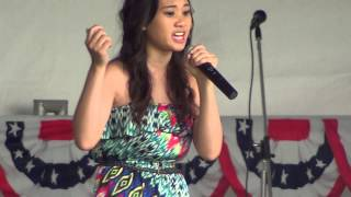 023-J4 (stage: Michelle Lee blind talented girl singing about HMONG LOVE) 2013