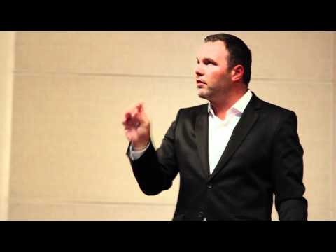 Pastor Mark Driscoll addresses the students of New Saint Andrews College, in Moscow, Idaho in the context of the Grace Agenda Conference. MP3 here: http://ch...