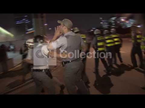 BRAZIL:TEACHER PROTESTS TURN VIOLENT IN SAO PAULO