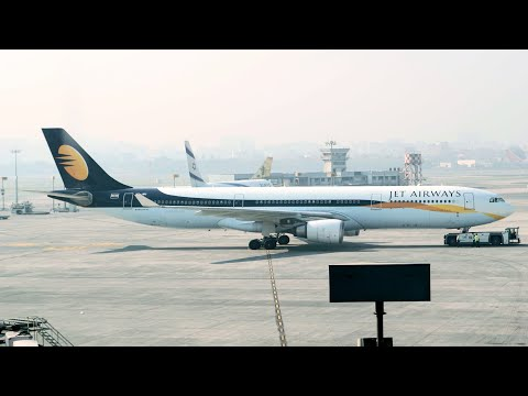 Arriving from Bhopal by Jet Konnect flight 9W-7021. Takeoff for Vadodara by Jet-Etihad Airways flight 9W-460. I had good two hours to spend at T2 of CSIA. I was lucky enough to capture large...