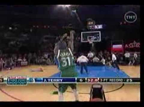 Jason Terry Three Point Contest Round 1 07