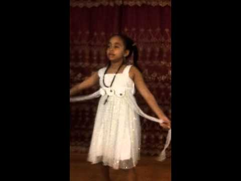Ethiopian Girl  Dancing video