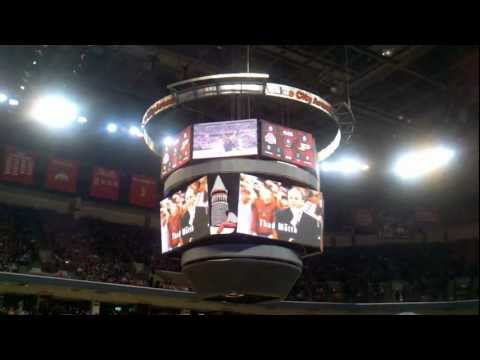 Recorded 1/25/11 with a Droid X. #1 Ohio State defeated #12 Purdue 87-64. This introduction was played before every Big Ten home game except the Wisconsin ga...