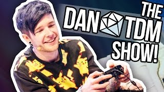 3,000 PERSON MANNEQUIN CHALLENGE!!! (The DanTDM Show)