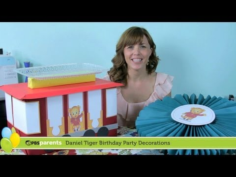 Paper Medallions & Trolley Dessert Stand   Daniel Tiger Birthday Party (1)   PBS Parents
