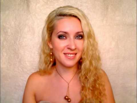 How to curl hair without heat beach waves overnight with braids Shakira hair volume tutorial