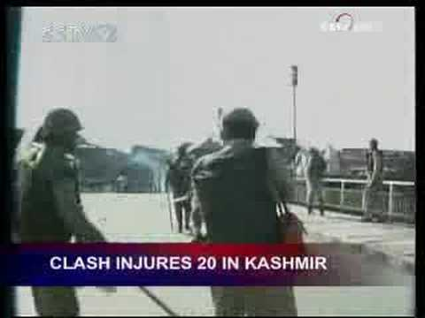 Clash injures 20 in Kashmir