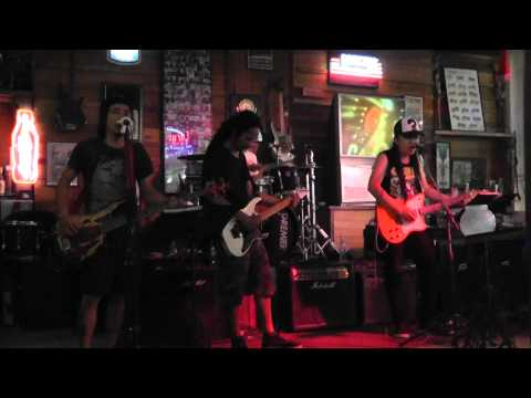 Metallica-Nothing Else Matters-Pattaya-Thailand-Tattoo Rock Bar