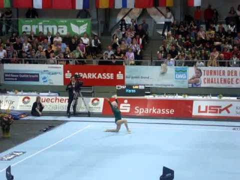 86!!! -year-old Johanna Quaas - exhibition floor routine at the 2012 Cottbus World Cup!