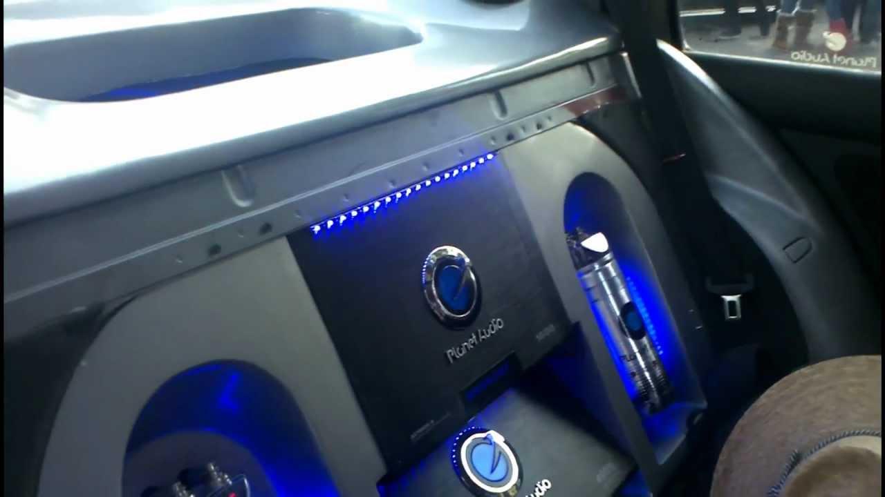 Demo Jetta A4 Con 4 12 Quot Subwoofers Xtant Amplificador