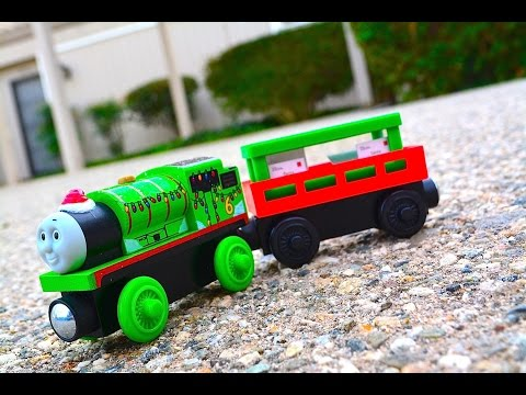 LETTERS TO SANTA 2014 Thomas Wooden Railway Multi-pack Exclusive Toy Train Review Mattel