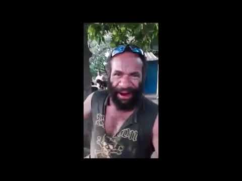 Funny PNG Buai Seller