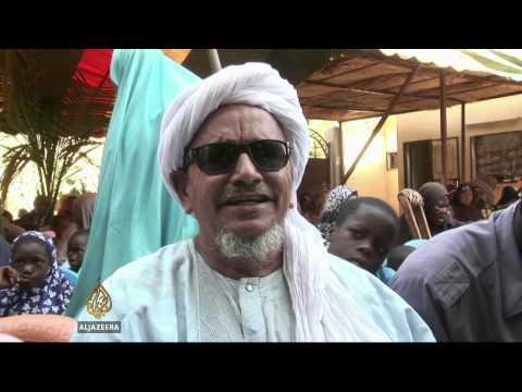 Mali urges return of refugees