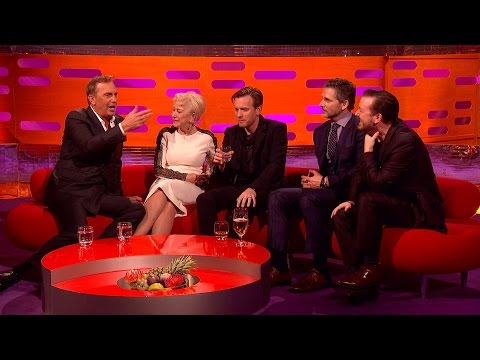 Kevin Costner talks about directing the wolves in 'Dancing with Wolves' - The Graham Norton Show