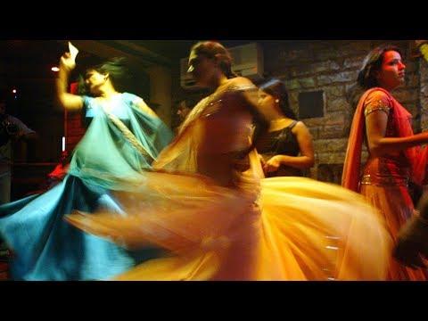 Грязные танцы индийской улицы