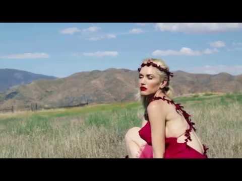 Gwen Stefani Rare