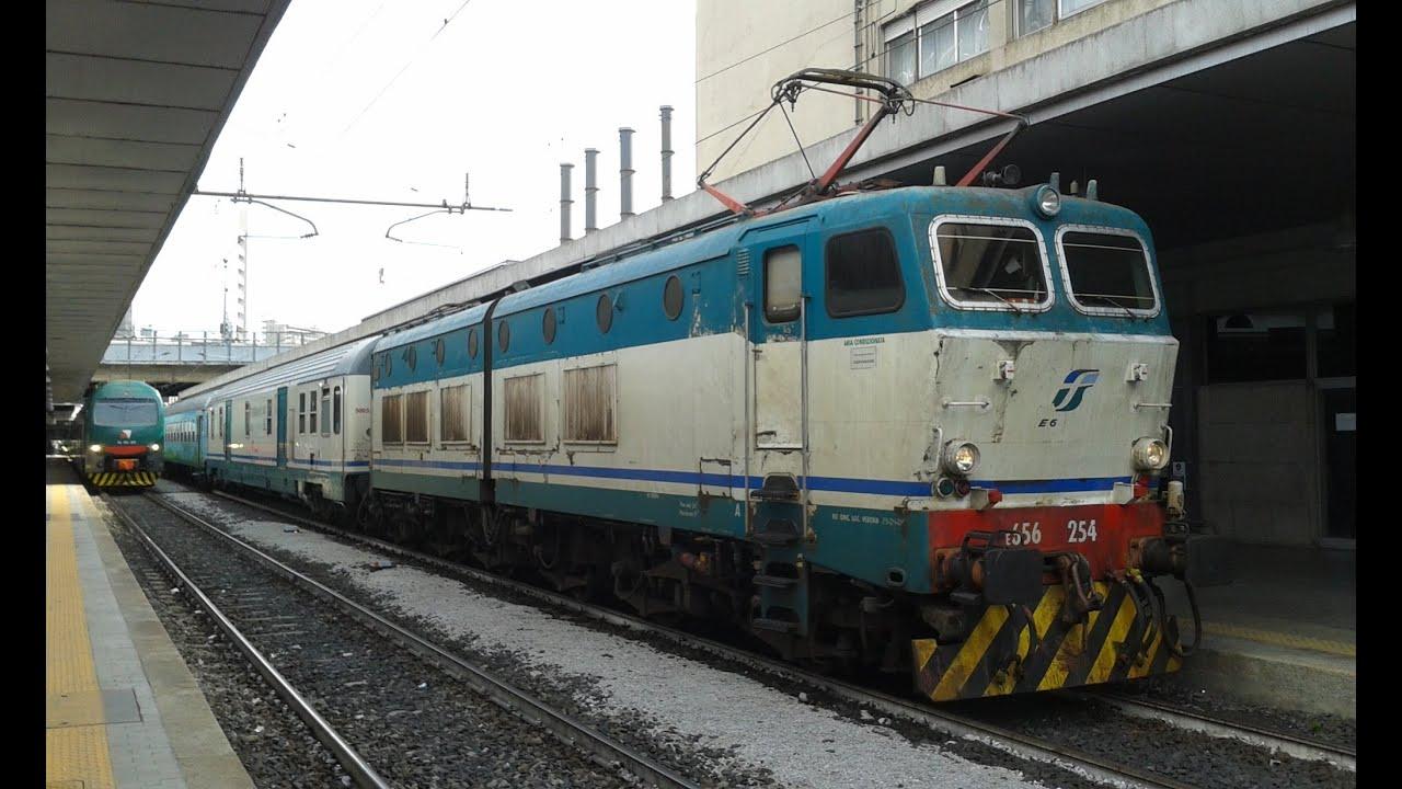 Treno verde e alta velocit a milano porta garibaldi youtube - Binario italo porta garibaldi ...