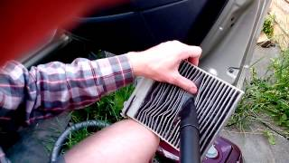 Чистка фильтра салона Renault Sandero (Cleaning of the filter of salon)