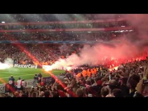 Galatasaray Fans go crazy during Arsenals match! Galatasaray Fans burn