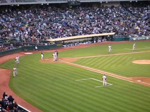 Mark Teixeira 3 run HR @ Oakland A's: 7/7/2010 Video