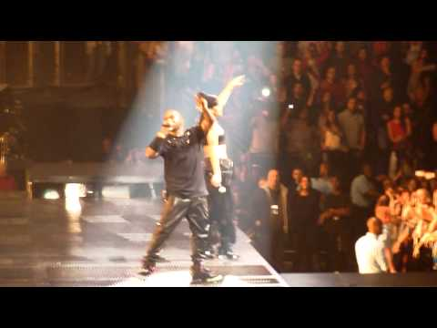 Jay-Z, Kanye West & Rihanna - Turn off the lights - Watch The Throne Live London O2 - 20 May 2012