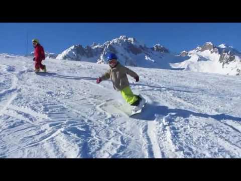 Дети на сноуборде! Экстремальное катание папы с двухлетним ребенком!