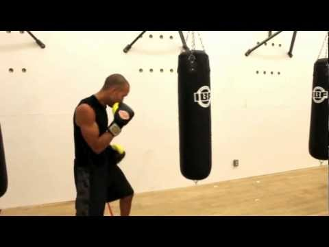 Boxing.  Speed  Changes When Throwing Combinations Image 1